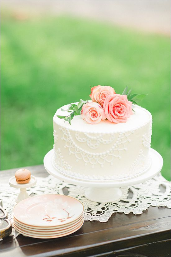 Elegant wedding cake trends for brides culture weddings pr elegant wedding cake ideas junglespirit Image collections