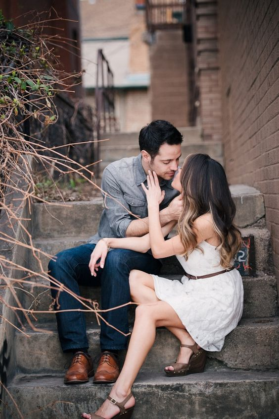 25 Creative and Unique Engagement Photo Ideas from Pinterest