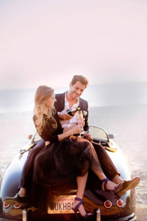Unique engagement photo ideas for couples. How to plan a unique engagement photo shoot. Engagement photoshoot at a beach. glam engagement photo shoot idea. Amazing beach engagement shoot.