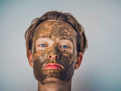 Easy homemade face mask recipes you can use to achieve the flawless and glowing skin almost over night. We rounded up 15 Homemade Face Mask Recipes for Gorgeous & Glowing Skin. The best skincare beauty regime to leave your skin healthy. #DIYFacaemasks #homemadefacemask #facemasks #beautyroutine #beautyblogger