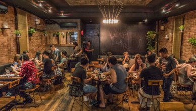Thailand's Borders: Khe-Yo dining room