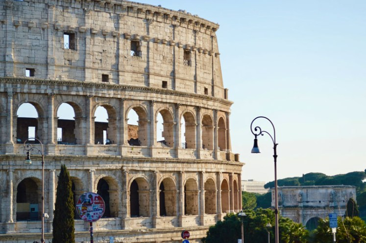 themed travel: colisseum