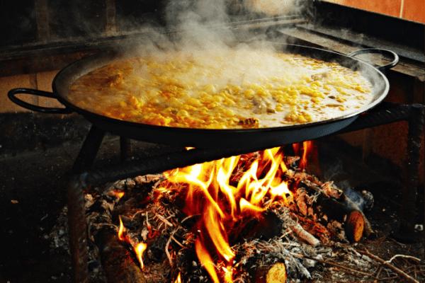 The aromatic flavors of Spanish Paella