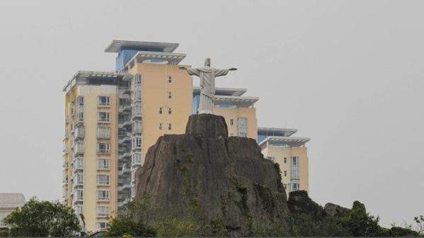 2016 Olympics beset by problems