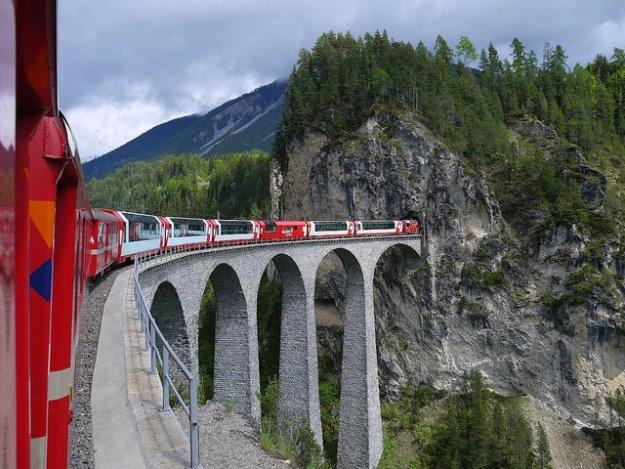 Rhaetische Bahn: Glacier Express, Landwasserviaduct