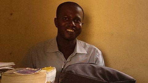 Jamisa Scool, Gmr. Sanyang, leraar van Karanba