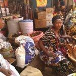 Dalasi: studiereis Gambia (4): ook in Gambia draait alles om geld