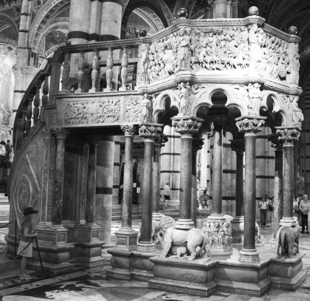 Preekstoel Duomo Santa Maria Assunta in Siena / Italië, foto: Rolf Merle