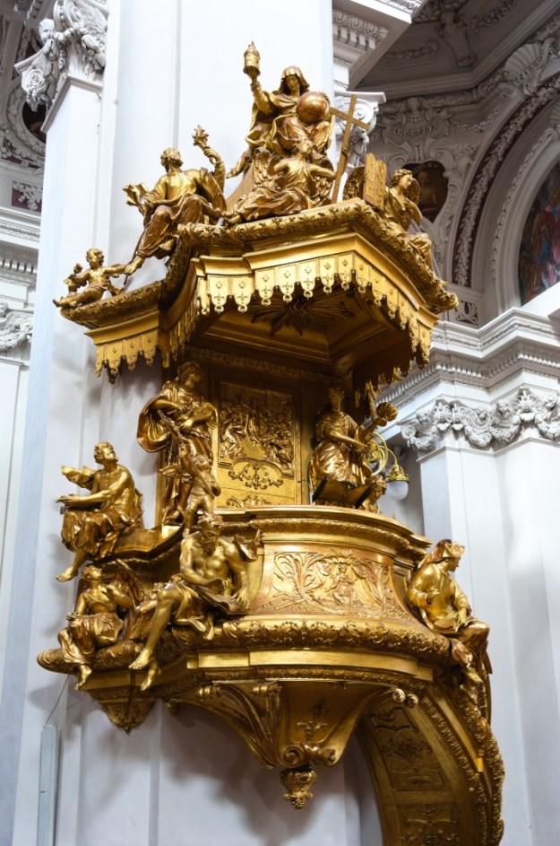 Preekstoel Stephansdom Passau, foto: Rolf Merle