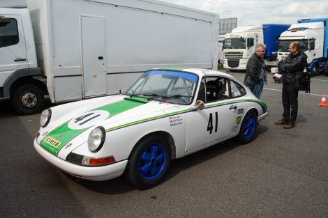'65 Porsche 911 driven by Steve Jones & Robert Barrie