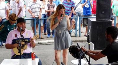 Bruna Volpi - Mulheres no Boteco - Cumbuca