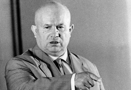 """SSRİ rəssamlarının sərgisində Xruşovun partlatdığı """"bomba"""" -""""Sən homoseksualsan, sənin ananı...."""""""