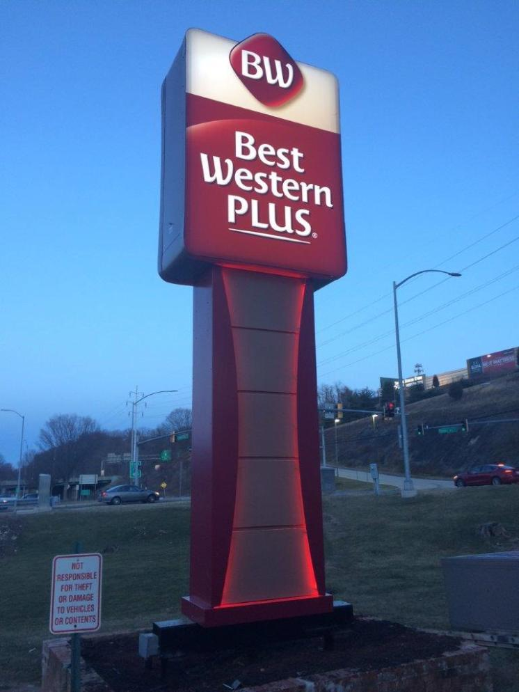 Best Western Pylon