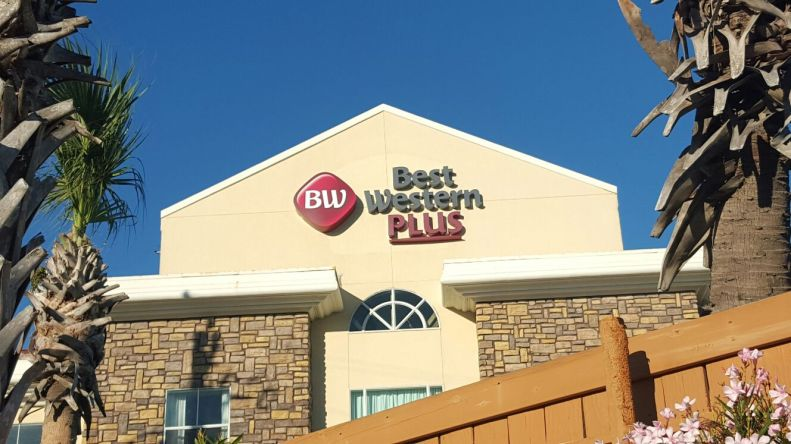 Best Western Plus Channel Letters