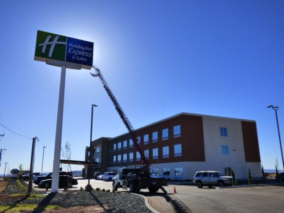 Holiday Inn Express& Suites Pylon Install