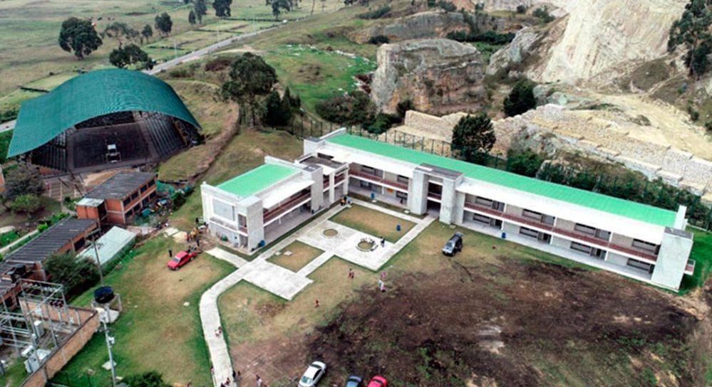 Aplicativo para monitoreo de infraestructura educativa en Cundinamarca.