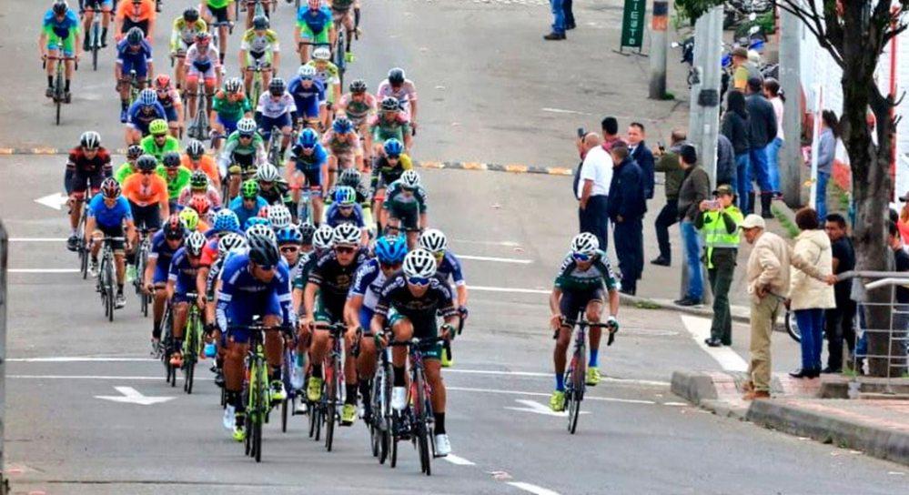 150 competidores se dieron cita en la Vuelta a Cundinamarca.