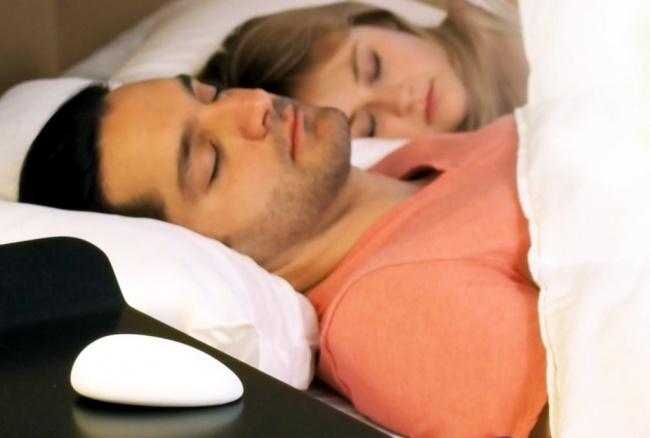 1043755-650-1450099122-fundnora-pillow-psfk1