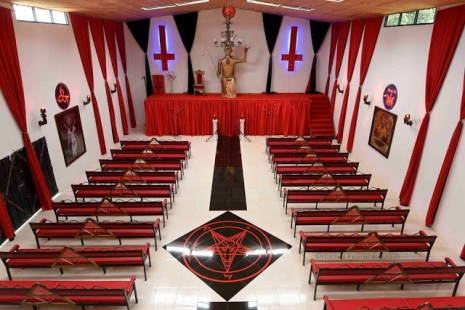 satanic-church1