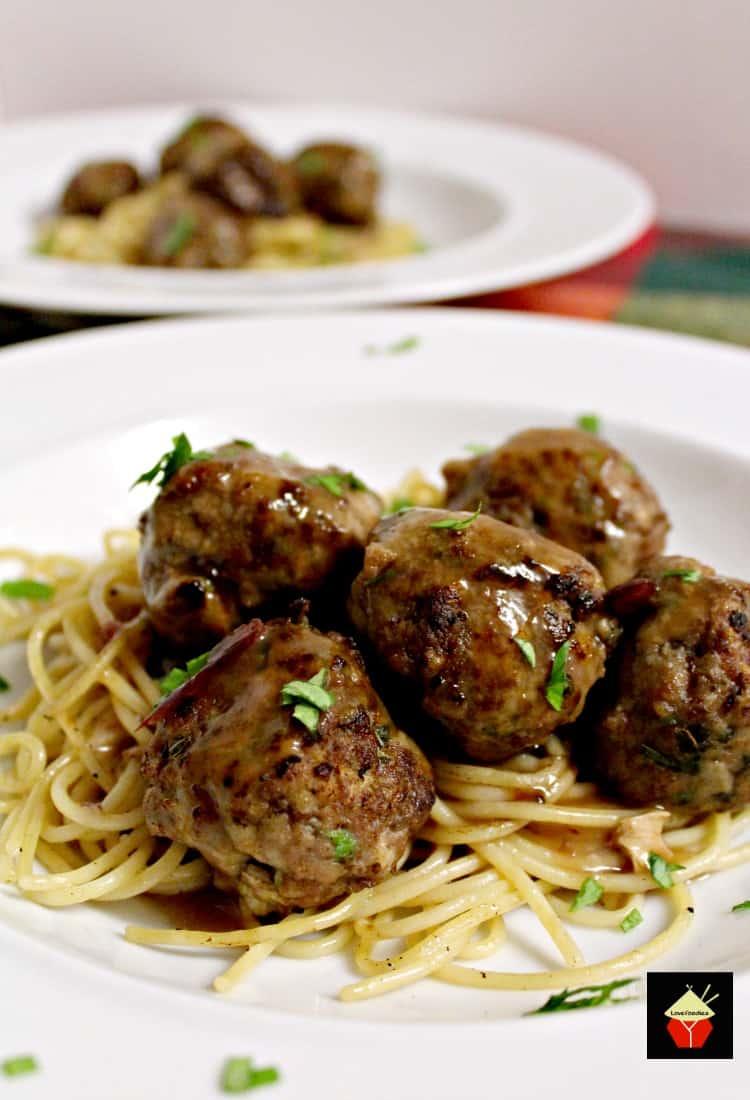 Garlic Meatballs and Pasta
