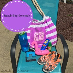 Beach Bag Essentials Cupcakendreams