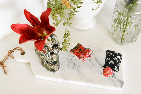 Here's a really cute Halloween craft idea. Fabric bugs!