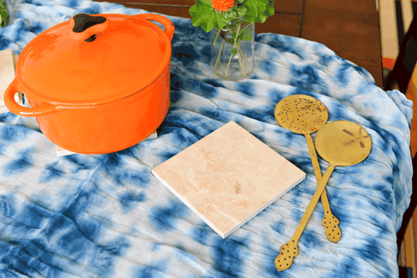 DIY Tile Trivets to protect your table for your holiday meals!