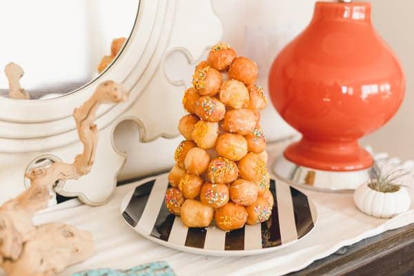 A DIY donut tree! Would be such a fun thing to have on any dessert table at a party.