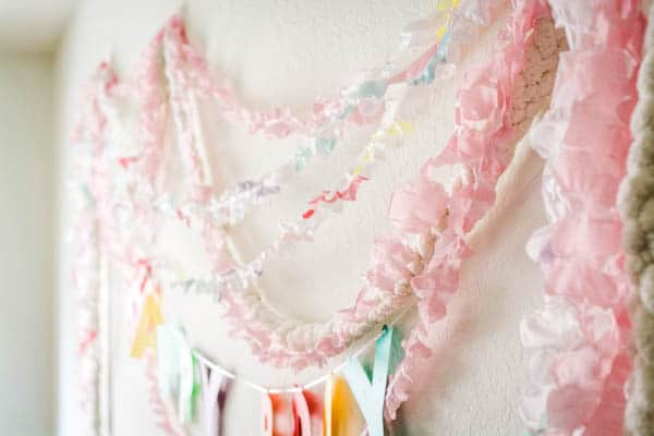 how to decorate with plastic streamers