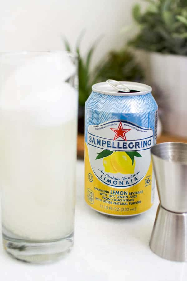 lemon san pellegrino cocktail