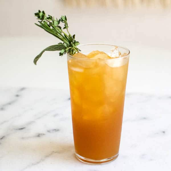 Vodka and Apple Juice Cocktail