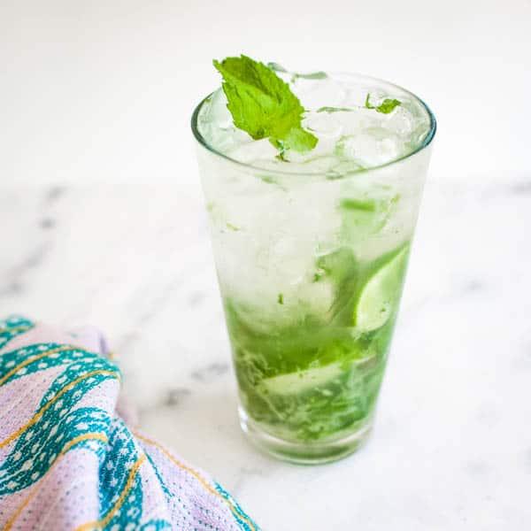 Refreshing Vodka Mojito Recipe for a Chill Happy Hour