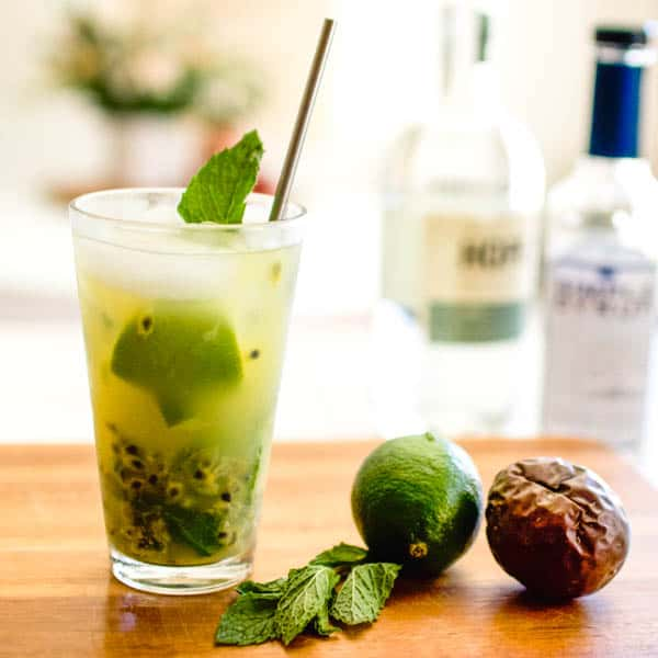 Fruity and Refreshing Passion Fruit Vodka Mojito Recipe