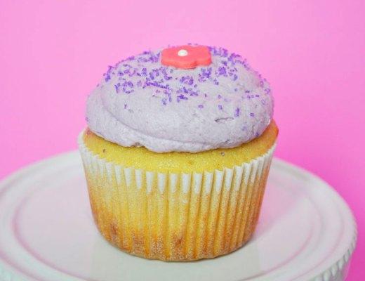 Lavender Earl Grey Cupcakes | www.cupcakesandthecosmos.com