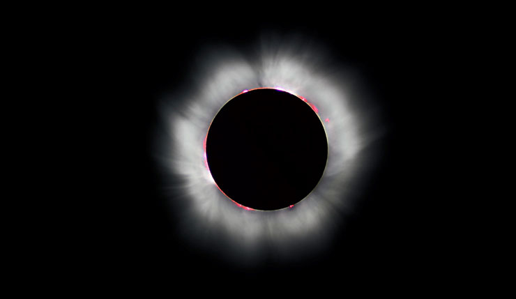 Solar eclipse in totality | www.cupcakesandthecosmos.com