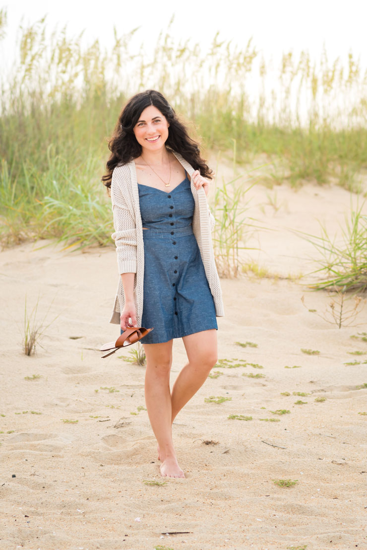 Madewell Chambray Dress on the Beach | www.cupcakesandthecosmos.com