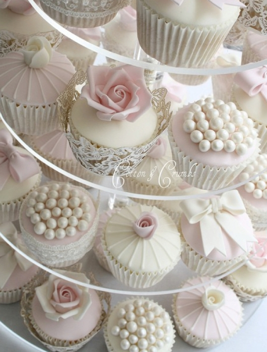 30 Luscious Wedding Cupcakes Roses And Pearls Wedding Cupcakes