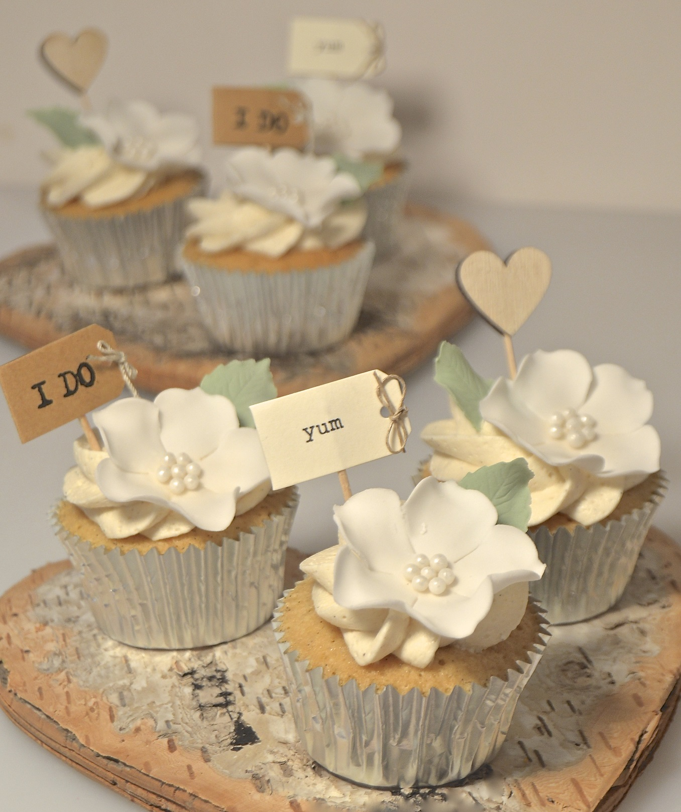 Rustic Wedding Cupcakes