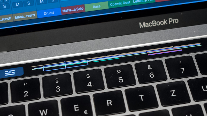 MacBook Pro - Touch Bar in Logic Pro X