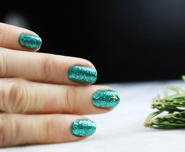 Christmas Star Nail Art