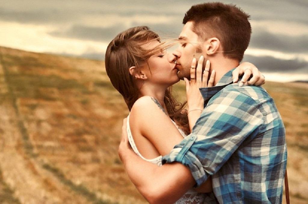 7 Ways to Make Your Girlfriend's Birthday Really Romantic