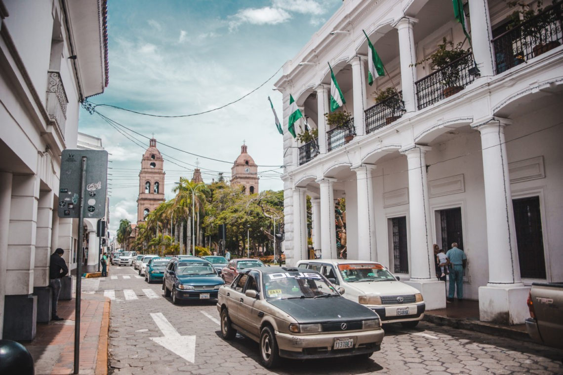 santa cruz bolivia city sierras main plaza square travel guide tips