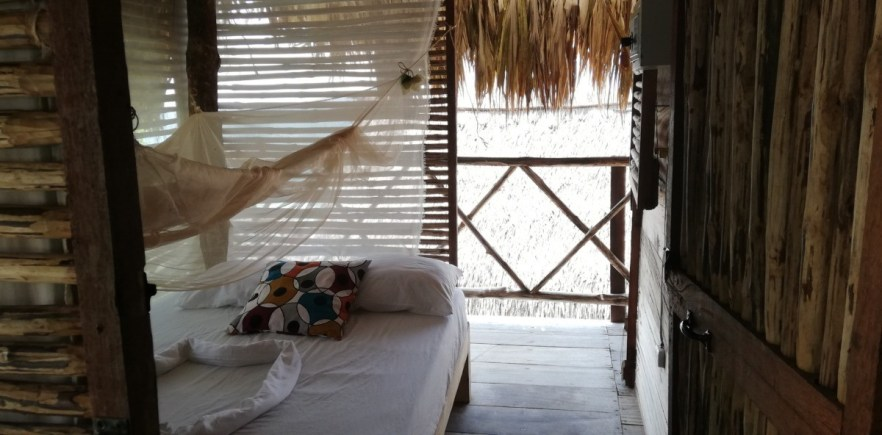 where to stay isa baru playa blanca rosario islands cartagena ichtus