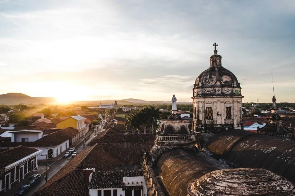 2 weeks in Nicaragua itinerary backpacking granada