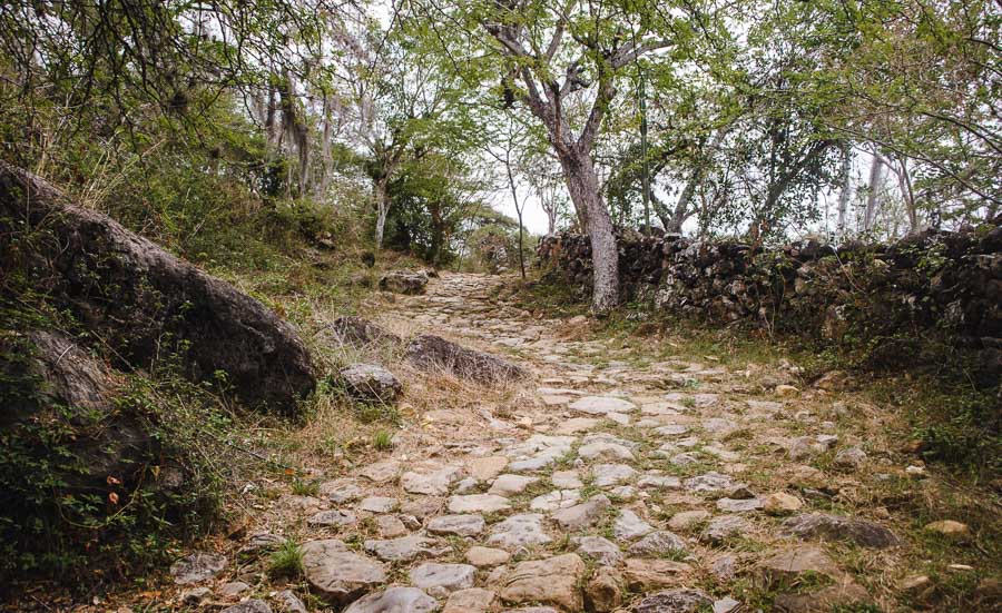 barichara to guane on the camino real, colombia hiking trails