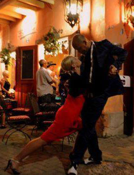 Argentinian Tango at Mundo Bizarro Curacao