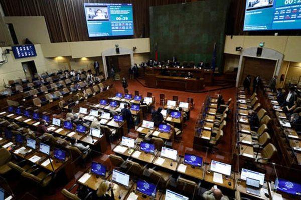 Cámara despacha nuevo Royalty Minero al Senado con críticas del gobierno y reserva de constitucionalidad de diputado oficialista