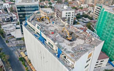Parte inédito proyecto inmobiliario que implica derribar edificio de 11 pisos en Providencia