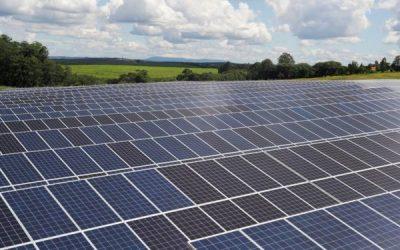 AES Andes suscribe millonario acuerdo para ingreso de socio estratégico a su negocio de energías renovables