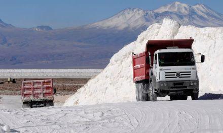 Estudio prevé que China le arrebatará el segundo lugar a Chile como productor de litio a 2030